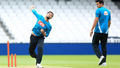 No broken leg for Mashrafe