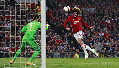 Man United cling on against Celta to...