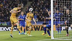 Four-goal Kane helps Spurs punish...