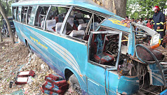 5 killed, 35 injured in Jessore bus...