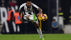 Defender Alves confirms Juventus...