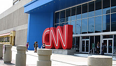 Three CNN journalists resign after Russia-related...