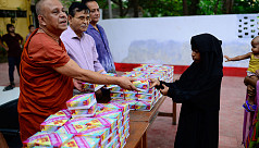 Buddhist monastery in Bangladesh hosts iftar meals for Muslims