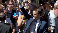 Macron's party set for huge French parliamentary...