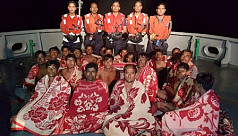 Navy rescues 20 fishermen from the...