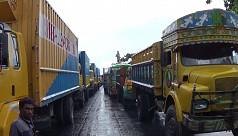 15km tailback on Dhaka-Tangail...
