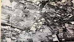Islamic State blows up historic Mosul...
