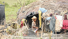 Fearing attack, more Rohingyas fleeing...