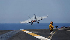 Russia warns US after Syrian warplane...