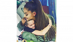 Ariana Grande visits fans in hospital...
