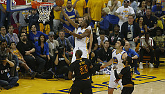 Warriors ride Durant to beat Cavaliers...