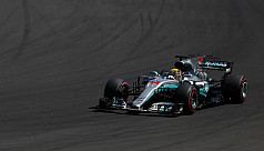 Hamilton sees easy breeze for Ferrari...