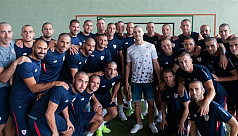 Athletic Bilbao squad shave heads for...