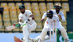 Raza puts Zimbabwe on course for first...