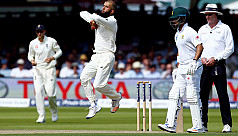 Ali and Broad strengthen England's grip...