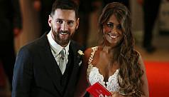 Messi weds childhood sweetheart