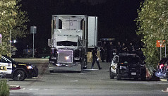 Eight found dead in Texas truck in suspected...