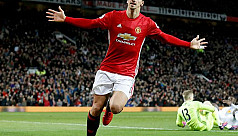 Ibrahimovic could stay with United,...