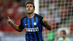 Eder strikes twice as Inter ease past...