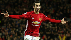 United's Mkhitaryan vows to get better...