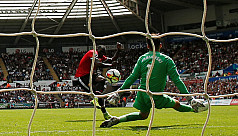Lukaku on mark as Man United score four...