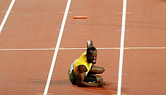 Injury floors Bolt and ruins final...