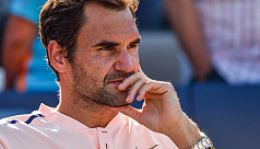 Federer unconcerned by mounting injury...