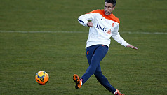 Van Persie set for Dutch team...