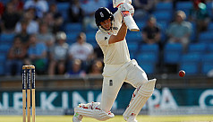 England battle back in gripping Test...