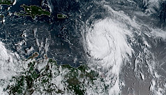 Hurricane Maria strengthens as it heads...