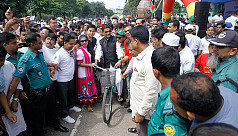 Cycle disappears after Obaidul Quader...