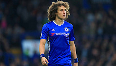 Conte: Luiz must play despite broken...