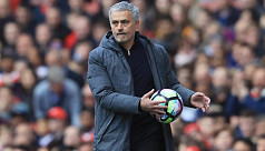 Man Utd can swagger to league title,...