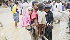Rohingyas continue to flee Rakhine...