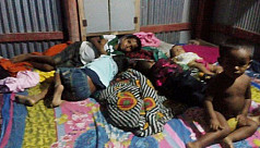 13 Rohingya move in with a family in...