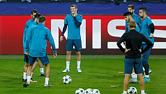 Kroos back in Real squad as they search...