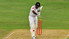 Karunaratne puts Sri Lanka in strong...