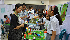 Maple Leaf school holds annual science fair