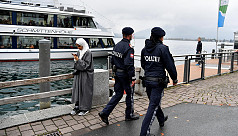Austrian cops force women to uncover...