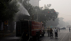Fire trucks to spray Delhi amid deepening...