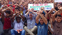 Asylum seekers refuse to leave Papua...