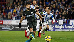 Sterling sends City eight points clear,...