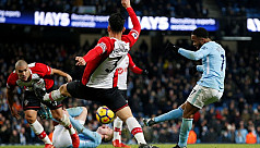 Sterling rescues City, Rooney lifts...