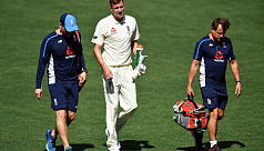 England pace bowler Ball suffers ankle...