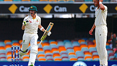 Centurion Smith ushers Australia to...