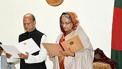 PM Hasina administers oath to Patuakhali...