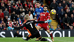 Salah fires Liverpool to victory, Chelsea...