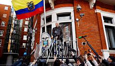 UK court keeps Assange arrest warrant...
