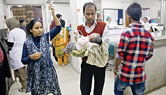 More patients crowd hospitals in Dhaka...