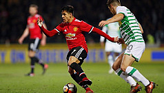 Sanchez stars on debut to help Man United...